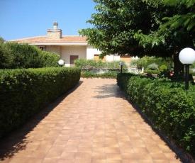 Comodo Appartamento al Piano Terra in Villa a San Lorenzo