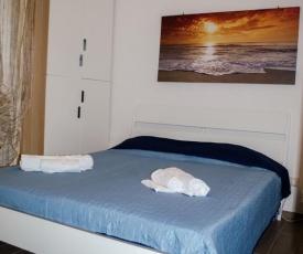 Rose Beach Apartment